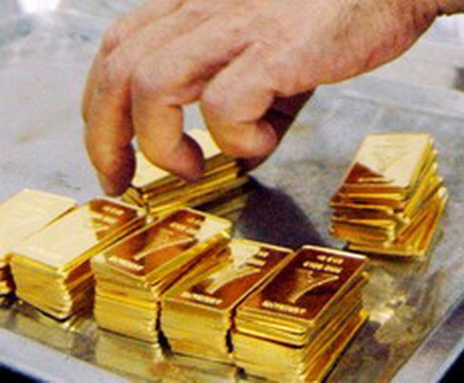 Kinh doanh vàng miếng: Chỉ dẹp bỏ thị trường tự do