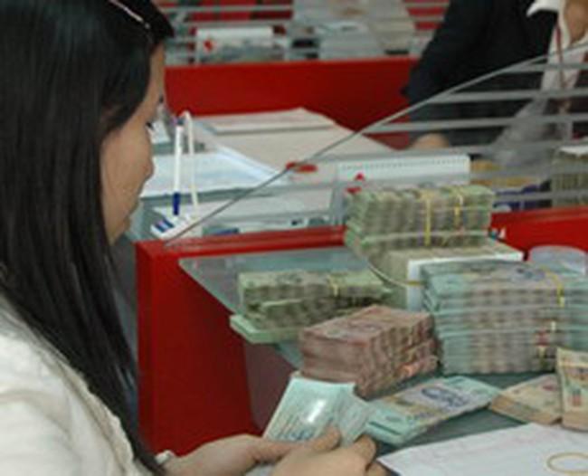 Báo động tiền gửi không kỳ hạn: Nêu ý kiến khống chế trần lãi suất KKH ở mức 2%/năm