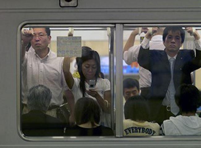 Thủ tướng Nhật muốn dãn dân ở thủ đô để đề phòng động đất
