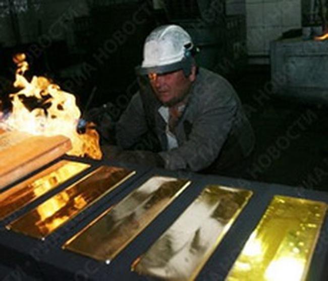 Financial Times: Việt Nam xuất hàng tỷ USD trang sức sang Thụy Sĩ để nấu thành vàng