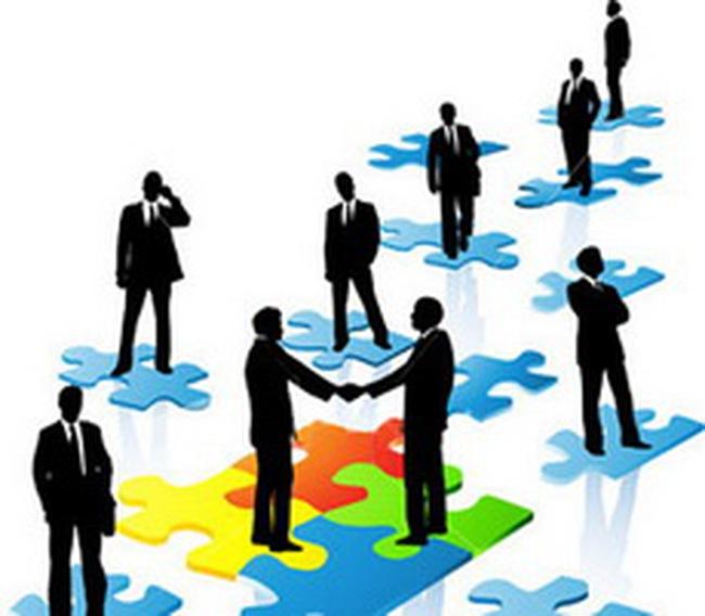Hai chuyển dịch ngược chiều về chiến lược doanh nghiệp