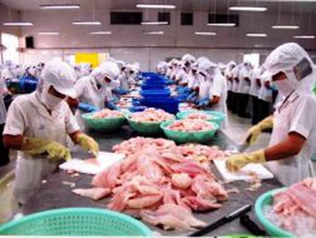 Xuất khẩu dệt may và thủy sản tăng 30% trong quý 1/2011