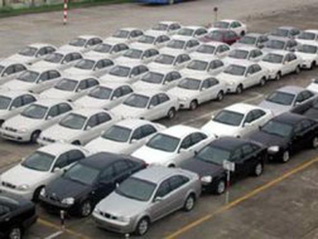 Nhập khẩu ô tô và xe máy tăng mạnh trong quý 1/2011