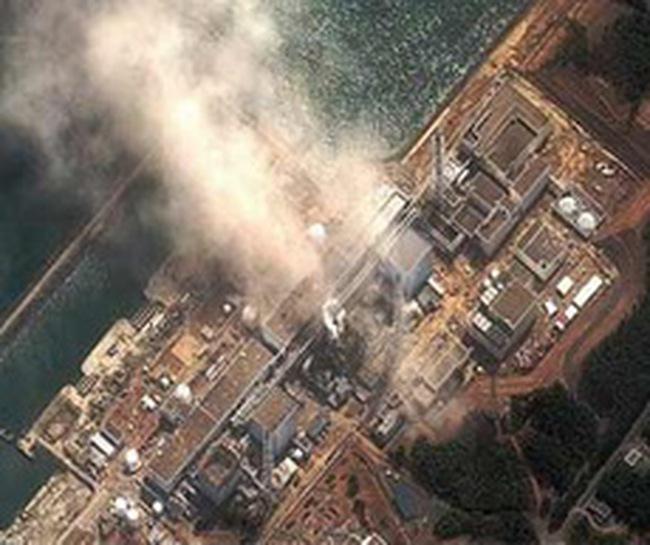Nhật sẽ phá 4 lò phản ứng hạt nhân, chịu thêm trận động đất 6,4 độ richte