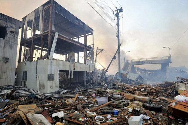 Trước động đất, kinh tế Nhật đang tăng trưởng tốt