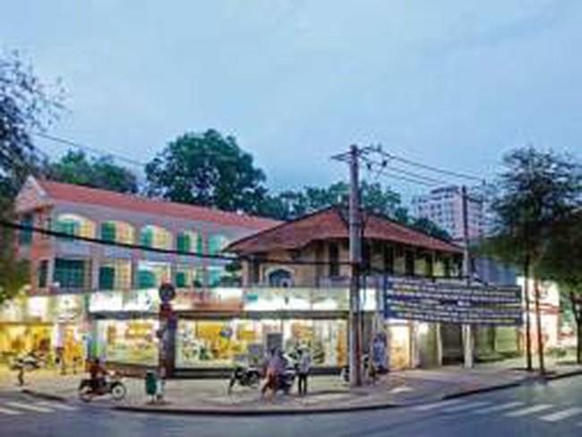 Khu đất vàng 112 Nguyễn Thị Minh Khai, TP.HCM: UBND thành phố chỉ đạo xây trường học, sở Xây dựng cấp phép xây cao ốc