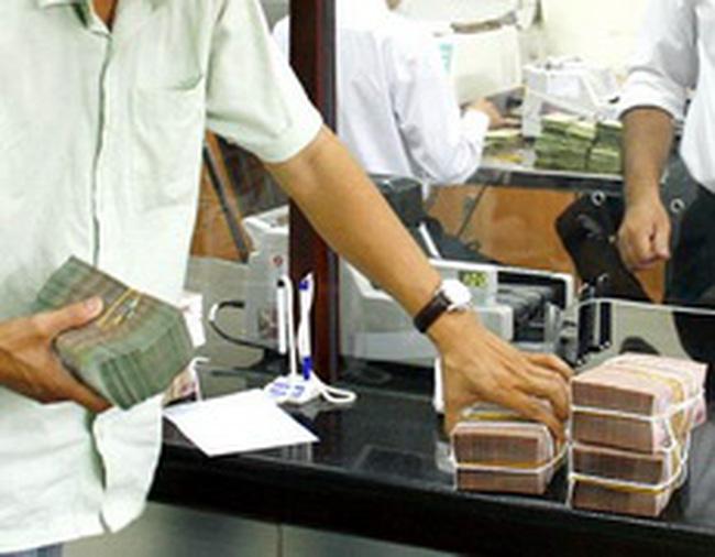 Thanh khoản tiền đồng căng như dây đàn