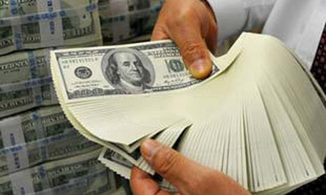 Thế giới đã rơi vào bẫy đồng USD?