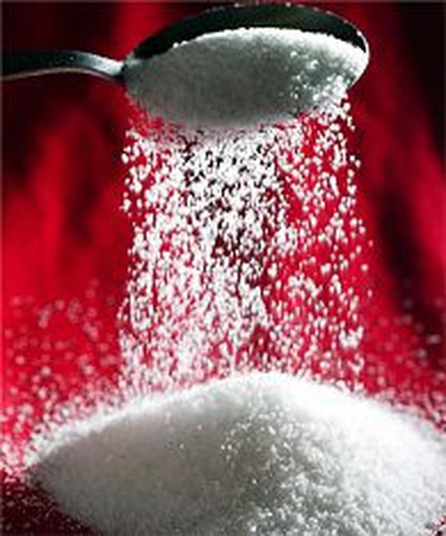 Dự báo sai, đường thừa vẫn phải cho nhập khẩu