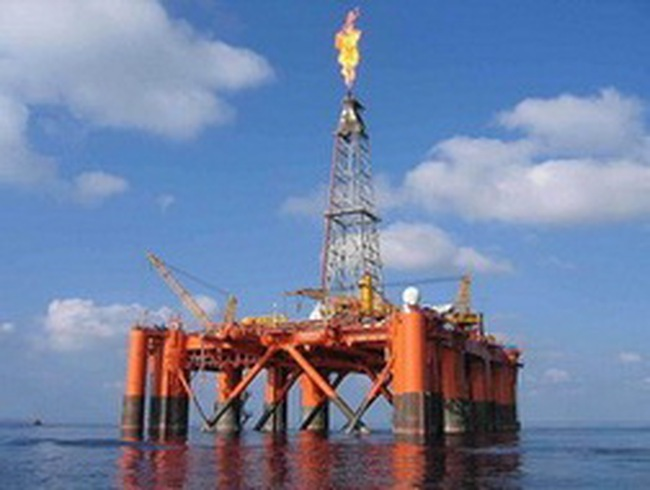 """""""Bội thực"""" cổ phiếu dầu khí?"""