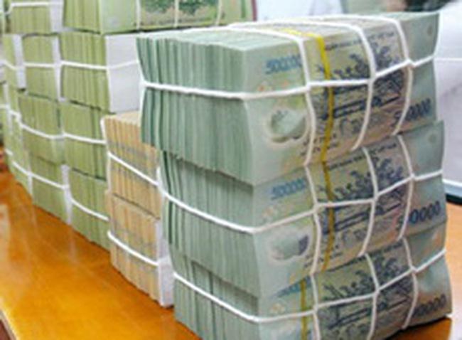 """Giảm cầu VND: Tăng tỷ lệ dự trữ bắt buộc hay chuyển hóa vốn """"Đô - Đồng""""?"""