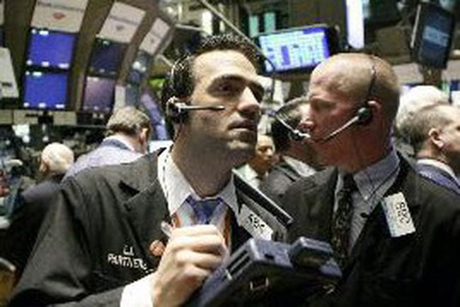 Dow Jones mất điểm