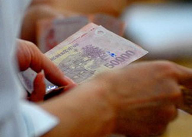 Trợ cấp cho người thu nhập thấp ngay trong tháng 4
