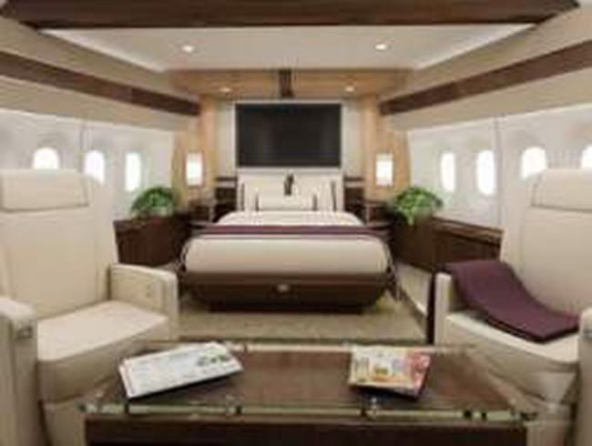 """Chiêm ngưỡng """"cung điện bay"""" giá nửa tỷ USD"""