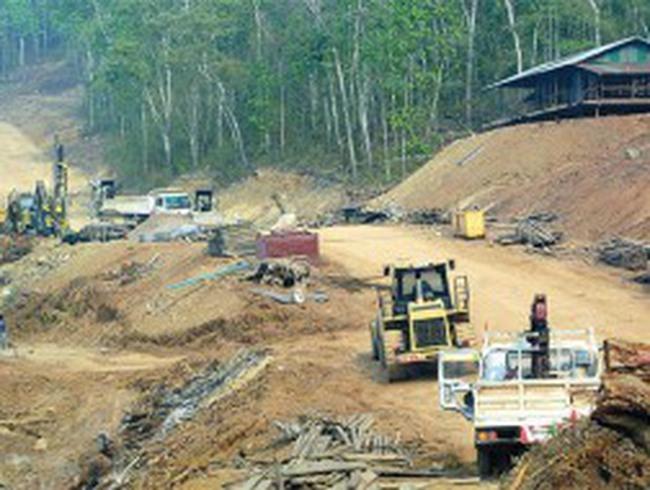 Lào xúc tiến dự án thủy điện gây tranh cãi