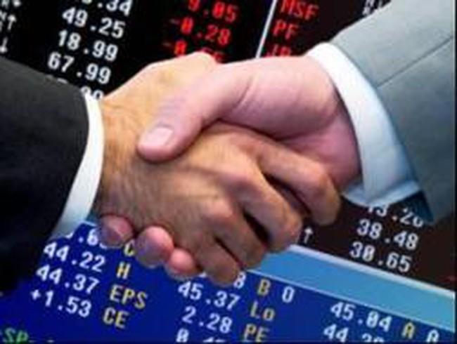 VNE, CMI: Thông tin giao dịch lượng lớn cổ phiếu
