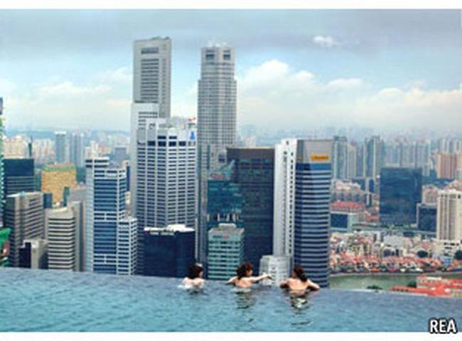 Yếu tố nào đã giúp Singapore trở thành trung tâm tài chính thế giới?