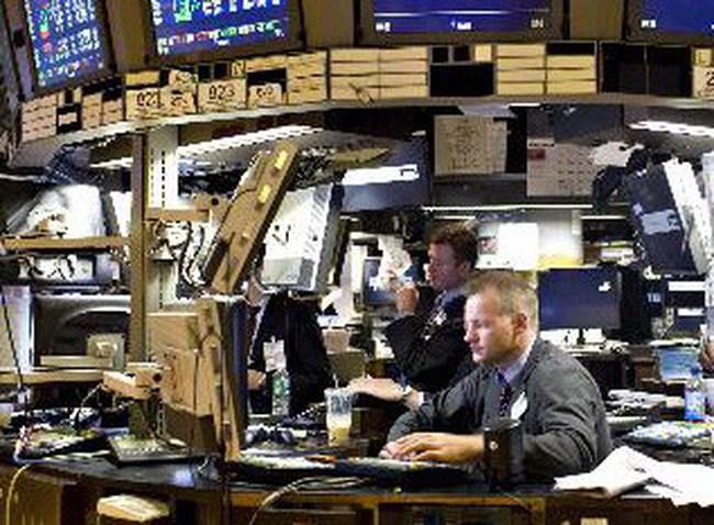Dow Jones tăng vọt gần 190 điểm lên mức cao nhất trong gần 3 năm