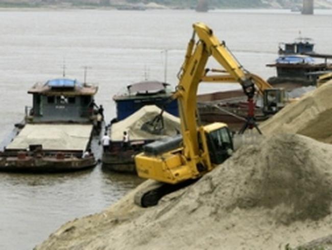 Tạm dừng cấp phép khai thác cát ở sông Lô, Gâm