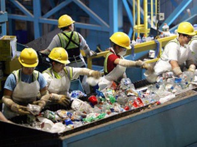 Ngành nhựa gặp khó do lãi suất vốn vay cao