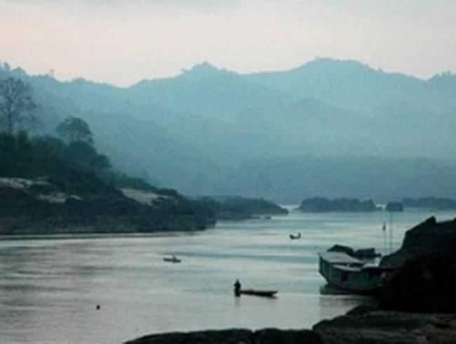 Các chuyên gia kêu gọi Lào từ bỏ đập thủy điện