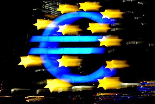 Chủ tịch ECB cảnh báo về lạm phát