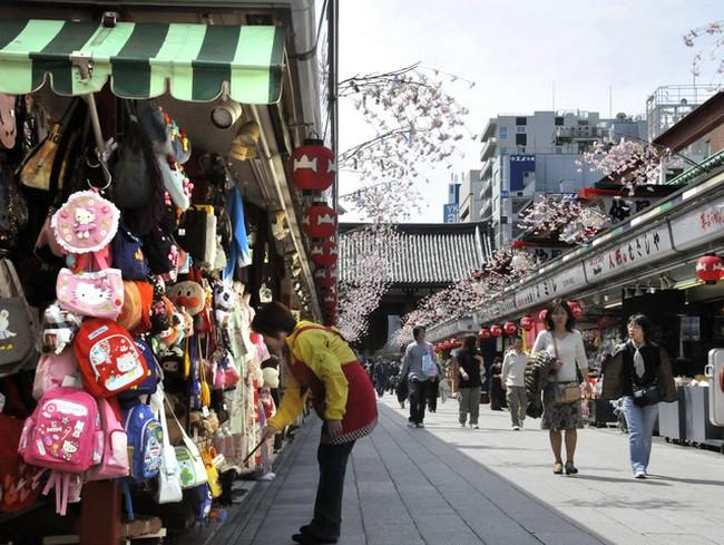 Doanh số bán lẻ tại Nhật tháng 3/2011 giảm mạnh nhất trong 13 năm