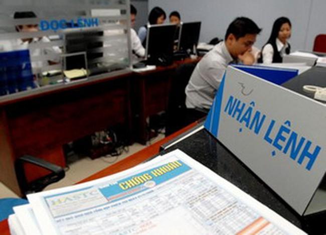 Vn-Index bứt phá nhờ bluechip, HNX Index xanh lại vào cuối ngày