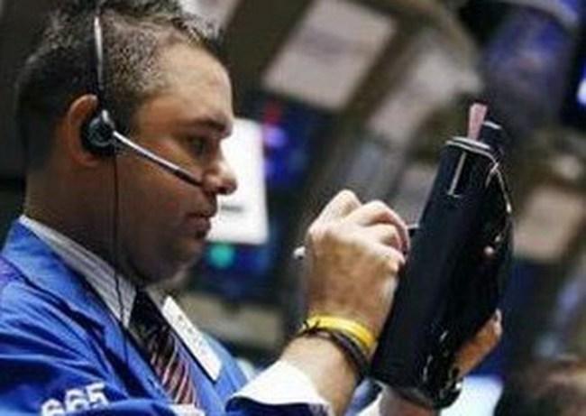 Dow Jones tăng 531 điểm trong tháng 4/2011