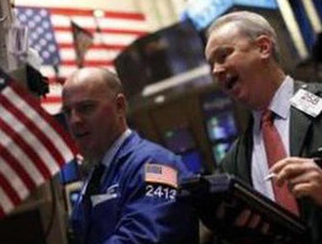 Hy Lạp thông qua kế hoạch thắt chặt ngân sách, Dow Jones tăng 150 điểm