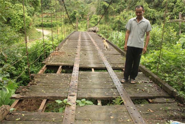 Lãng phí một cây cầu tiền tỷ