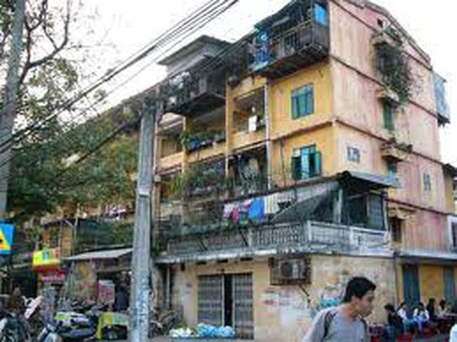 """Tiến độ """"rùa"""" cải tạo chung cư cũ ở Hà Nội"""