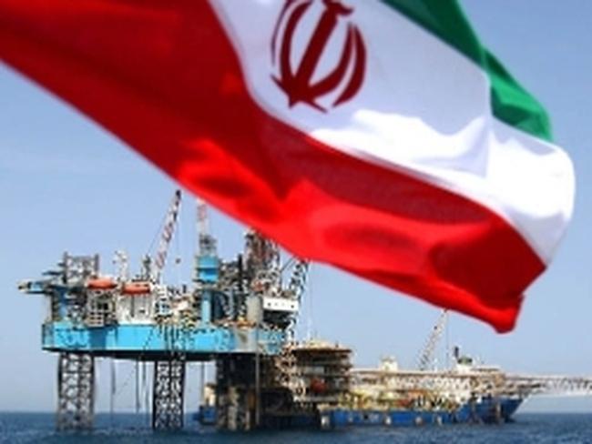 Dầu mỏ và khí đốt mang về cho Iran 217 tỷ USD mỗi năm