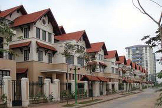 Nghịch lý trên thị trường bất động sản Việt Nam