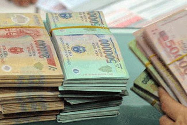 Reuters: Lãi suất tiền đồng sẽ dần hạ khi thanh khoản cải thiện