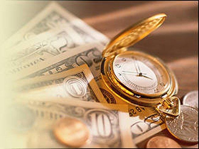 Fed chưa vội thắt chặt chính sách tiền tệ, USD mất giá