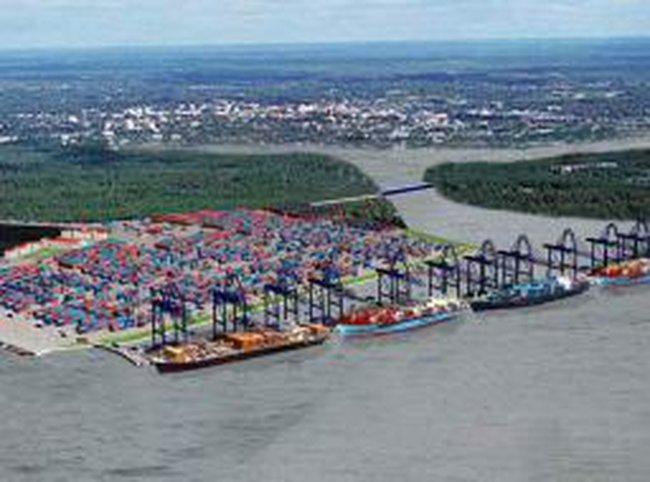 Thiếu hợp lý trong phát triển cảng biển Việt Nam
