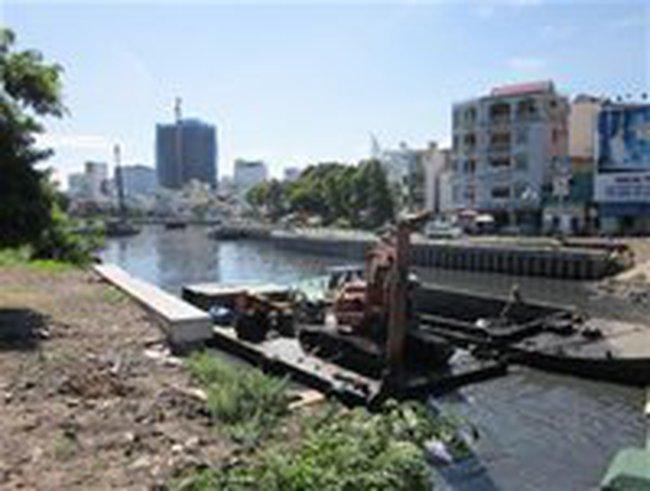 TPHCM cắt giảm đầu tư 9 dự án giao thông