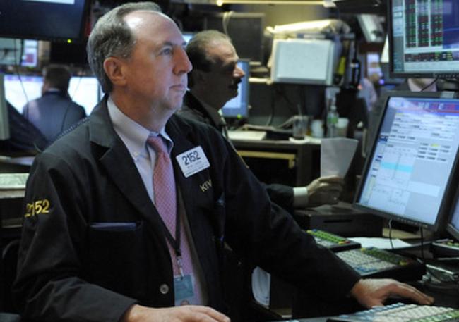 Dow Jones tăng mạnh nhờ lạc quan vào thị trường việc làm