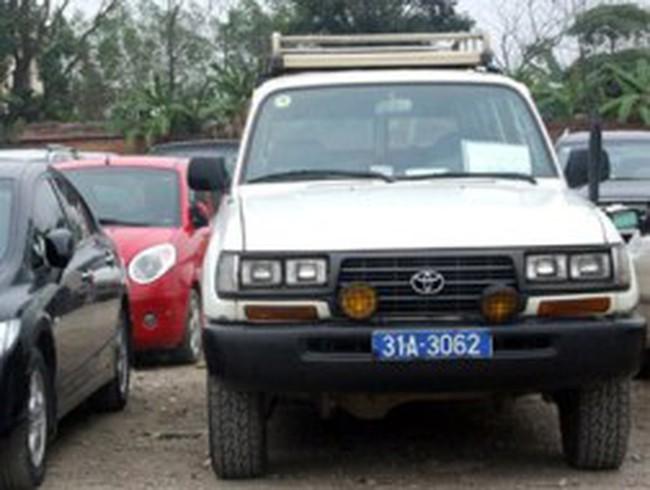 Bộ Tài chính yêu cầu báo cáo việc mua sắm xe công trước ngày 13/7