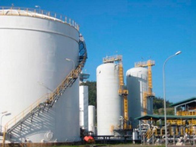 Việt Nam đang dư thừa nhà máy lọc dầu?