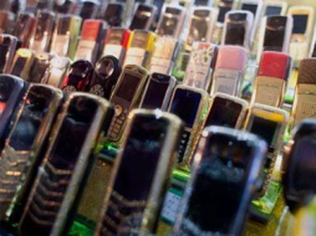 Bộ Thông tin gỡ khó cho một số mẫu điện thoại nhập khẩu