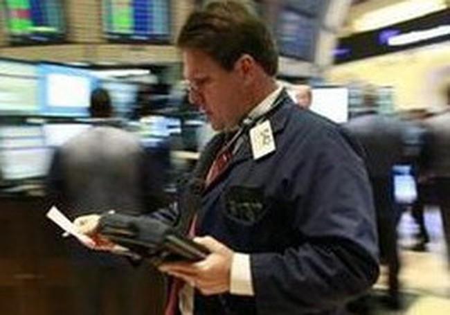 Dow Jones mất điểm sau báo cáo việc làm gây thất vọng