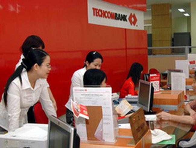 Techcombank: Giám đốc Phòng giao dịch vỡ nợ 14 tỷ đồng