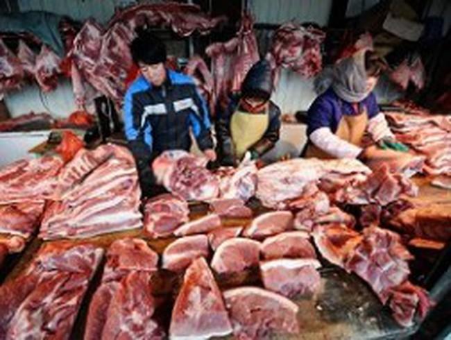 Giá thịt lợn tại Trung Quốc tăng gần 60%