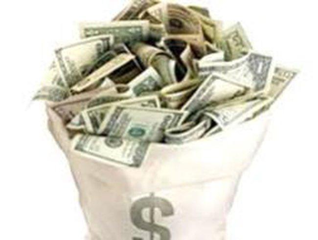 Các quỹ đầu tư đang gắng cầm cự