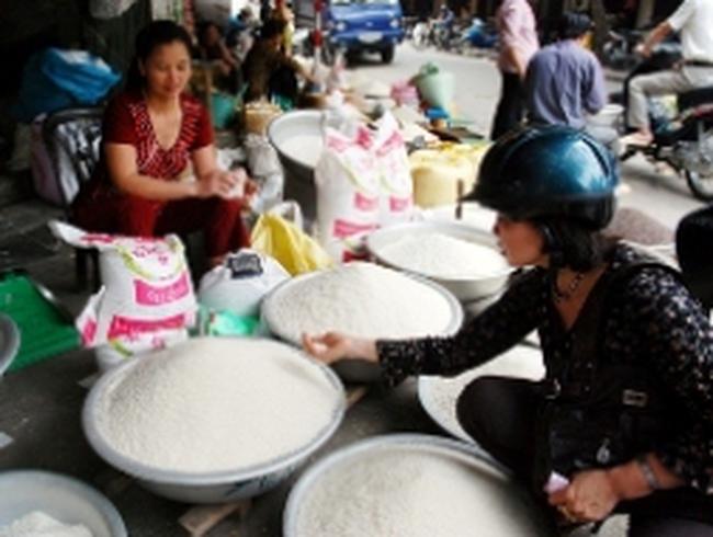 Cuối tháng 7, hàng lương thực có thể giảm giá