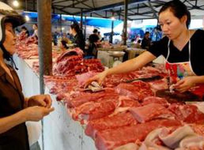 'Thịt lợn tăng giá không phải vì Trung Quốc thu gom'