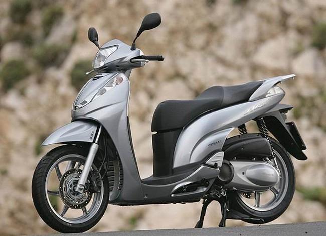 Giá tính thuế xe máy Honda quá thấp