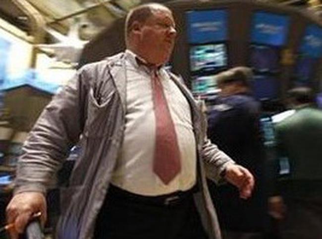 Dow Jones hạ gần 180 điểm trong tuần